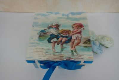 """Caja """"niños en la playa"""""""